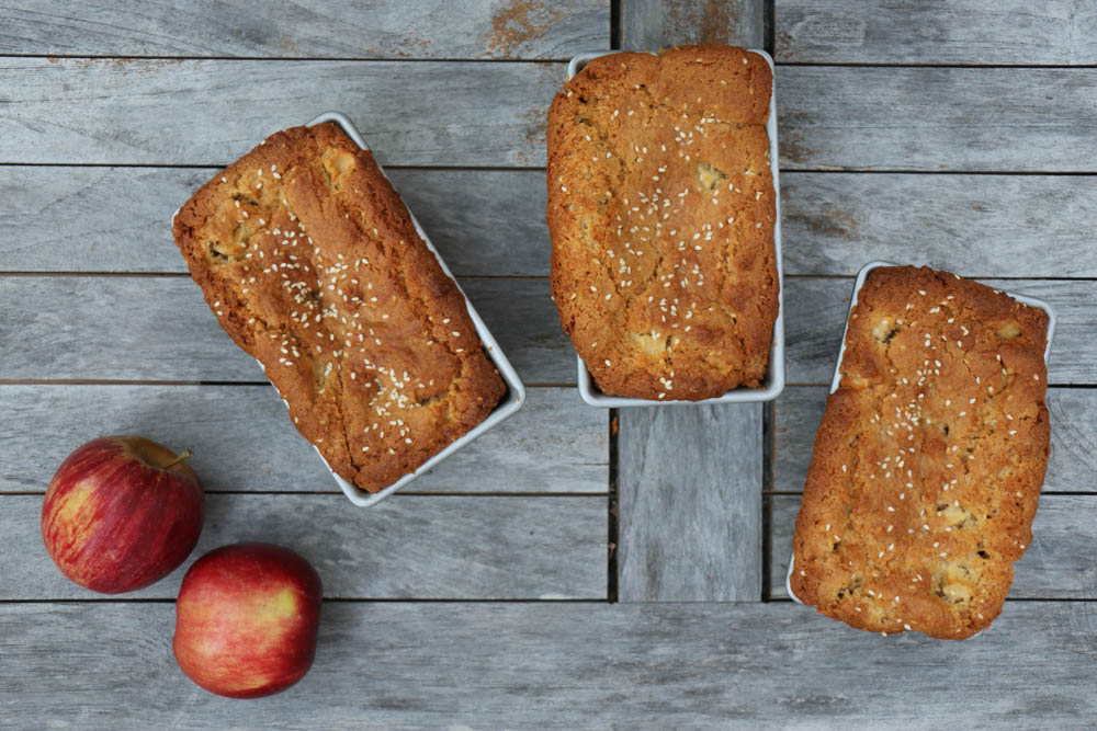 Tahini Apple Snack Cakes - The Clean Gourmet